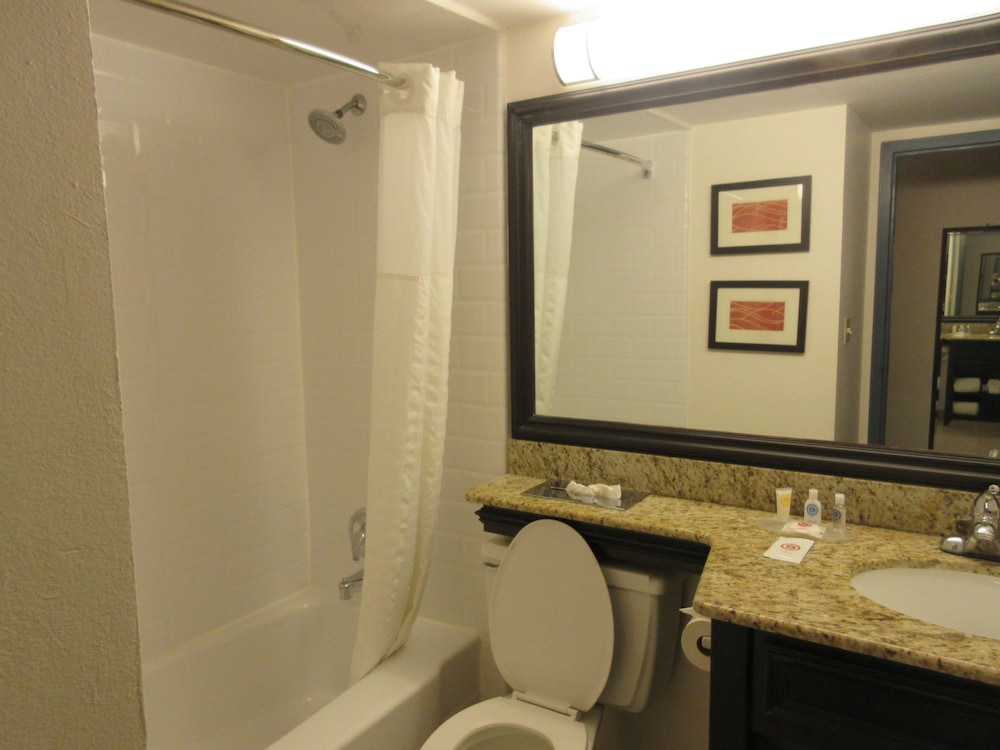 Bathroom, Comfort Inn Oceanside Deerfield Beach