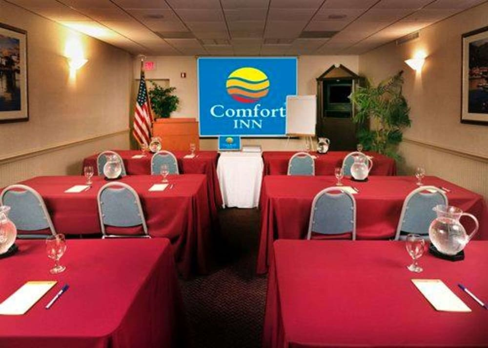 Meeting Facility, Comfort Inn Oceanside Deerfield Beach
