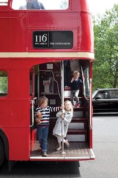 116 Piccadilly, Mayfair, London W1J 7BJ, England.
