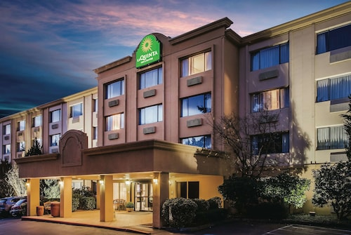 La Quinta Inn & Suites by Wyndham Seattle Bellevue/Kirkland
