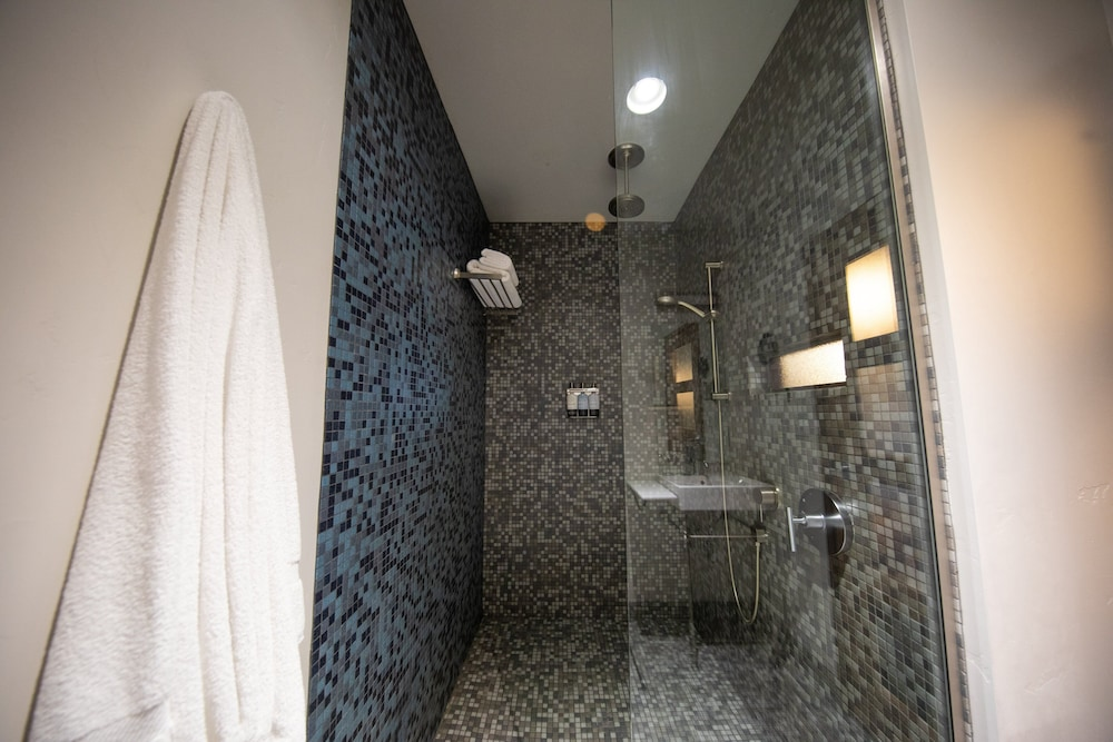 Bathroom Shower, Modern Hotel