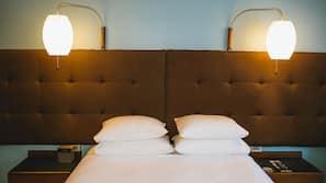 Ylelliset vuodevaatteet, pillowtop-patjalliset sängyt