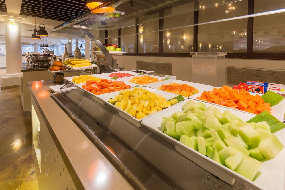 Breakfast buffet, Buenaventura Grand Hotel & Great Moments - All Inclusive