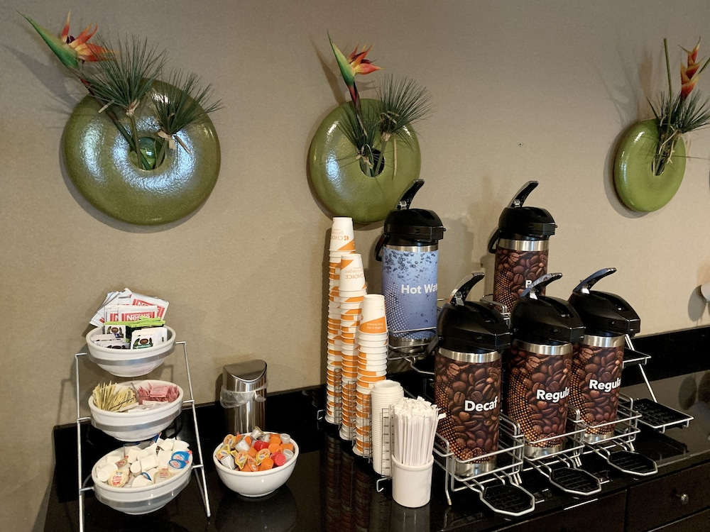 Coffee Service, Comfort Suites Knoxville West - Farragut