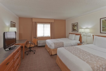Room, 2 Double Beds, Non Smoking - Guestroom