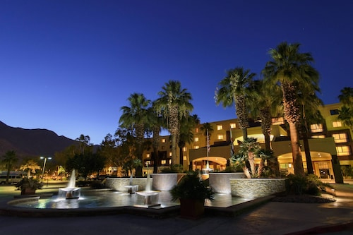 4 Star Hotels in Palm Springs: Luxury Hotels with Cheap $59