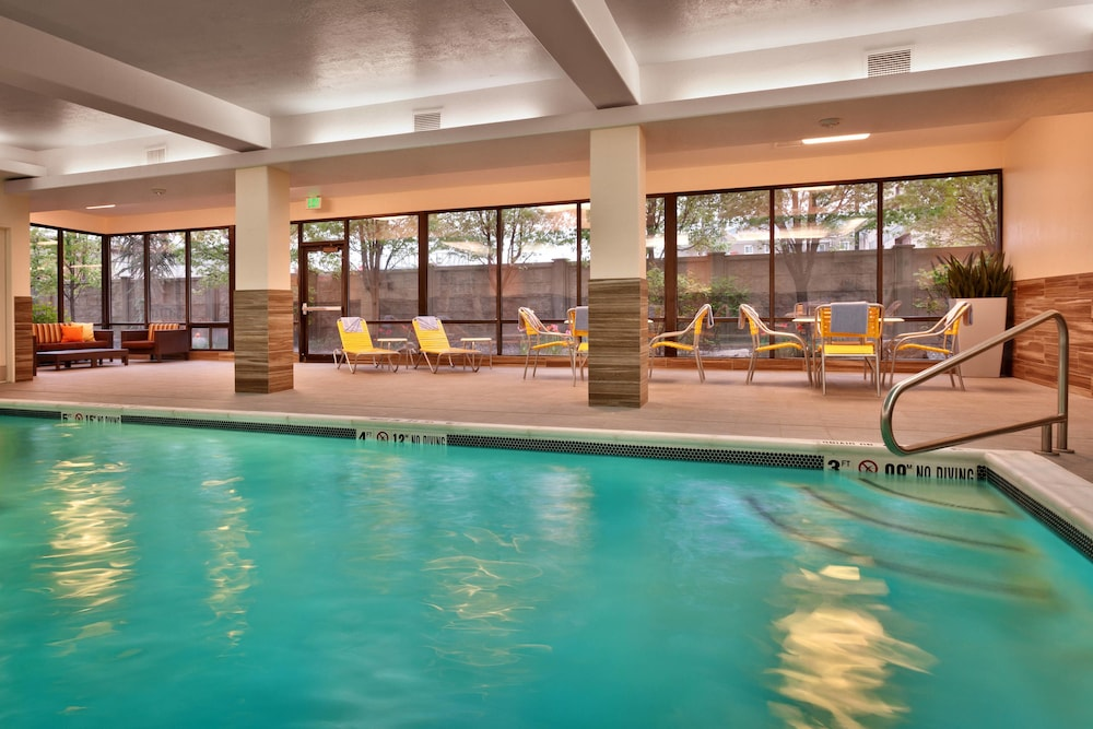 Pool, Fairfield Inn and Suites by Marriott Salt Lake City Downtown