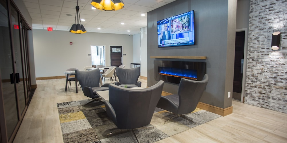 Lobby Sitting Area, The Rushmore Hotel & Suites, BW Premier Collection