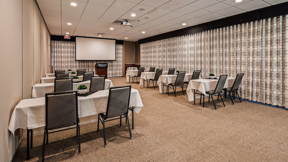 Meeting Facility, The Rushmore Hotel & Suites, BW Premier Collection
