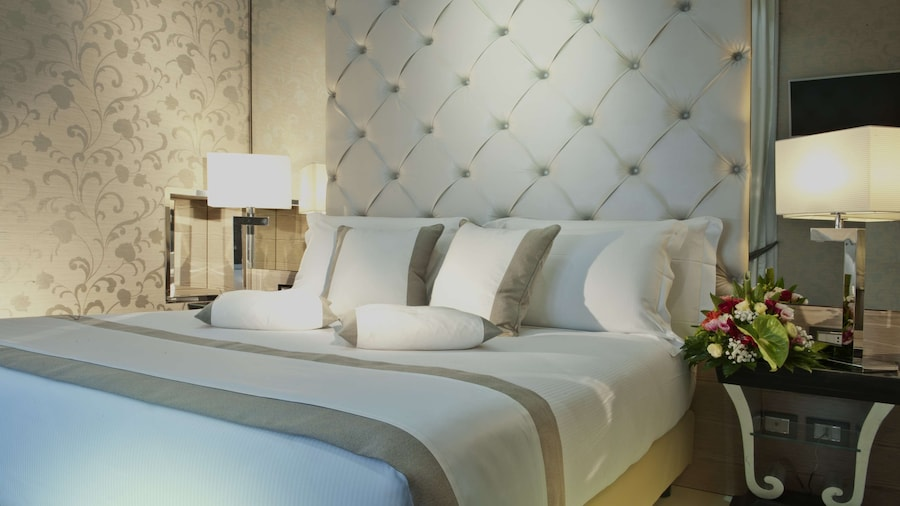Radisson Blu GHR Hotel, Rome