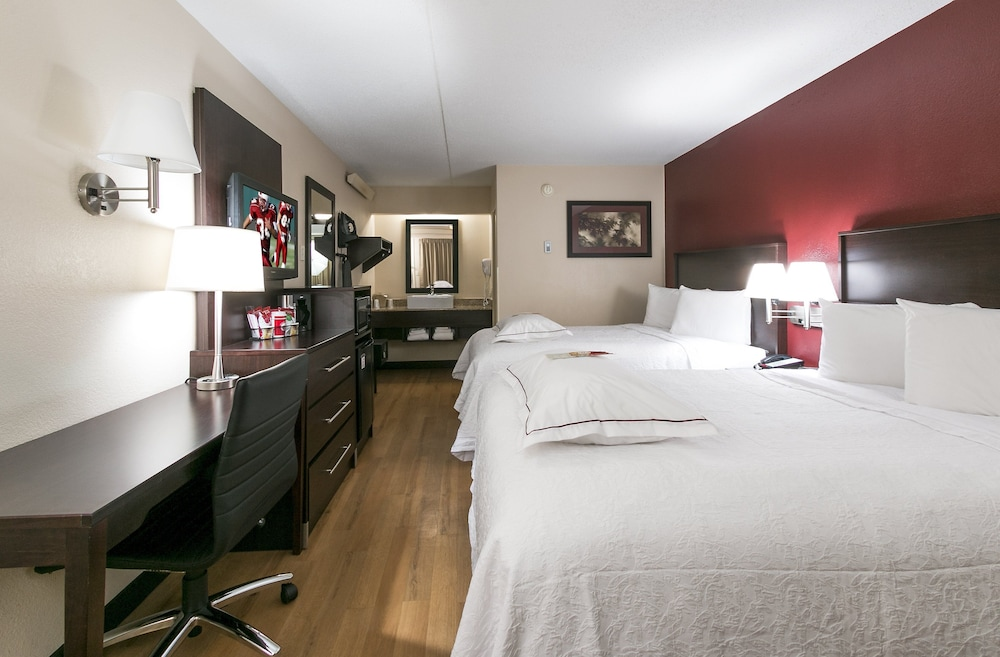Room, Red Roof Inn PLUS+ Chicago - Hoffman Estates