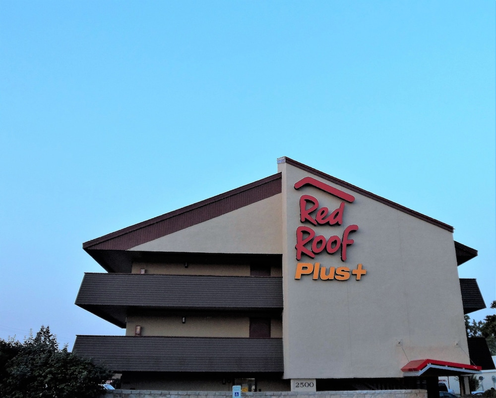 Featured Image, Red Roof Inn PLUS+ Chicago - Hoffman Estates