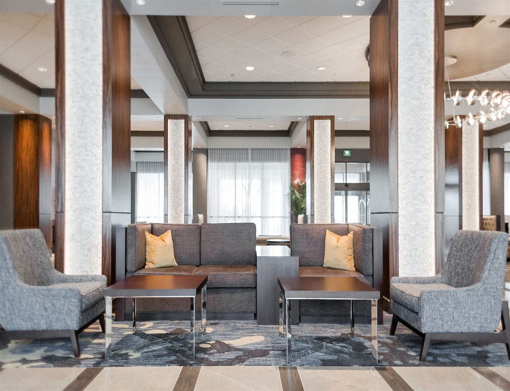 Lobby Sitting Area, Crowne Plaza Memphis East