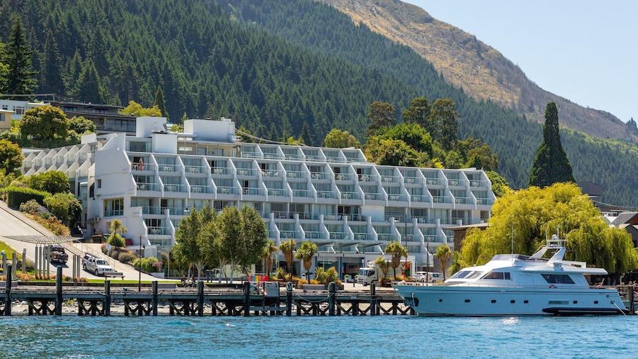 Crowne Plaza Hotel Queenstown, an IHG Hotel
