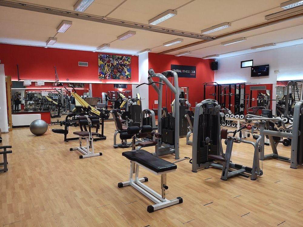 Fitness Facility, Central Hotel