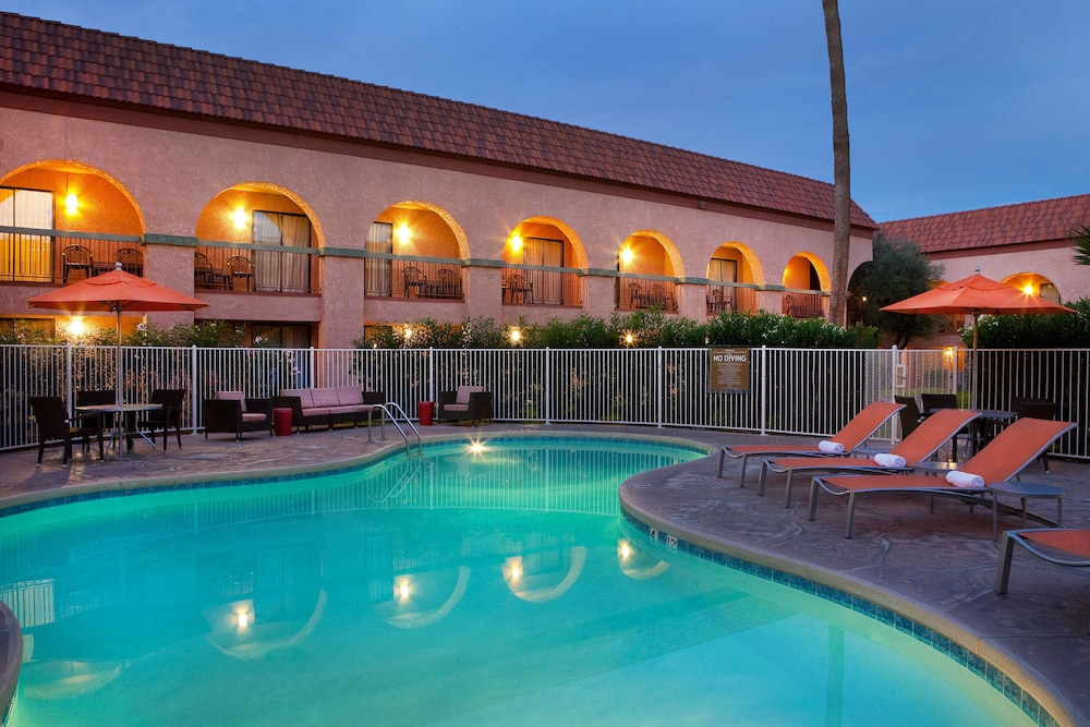 Property Grounds, Four Points by Sheraton Tucson Airport