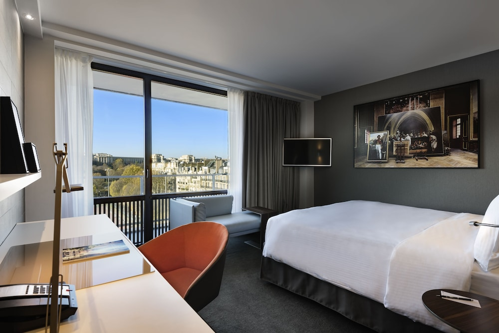 Room, Pullman Paris Tour Eiffel