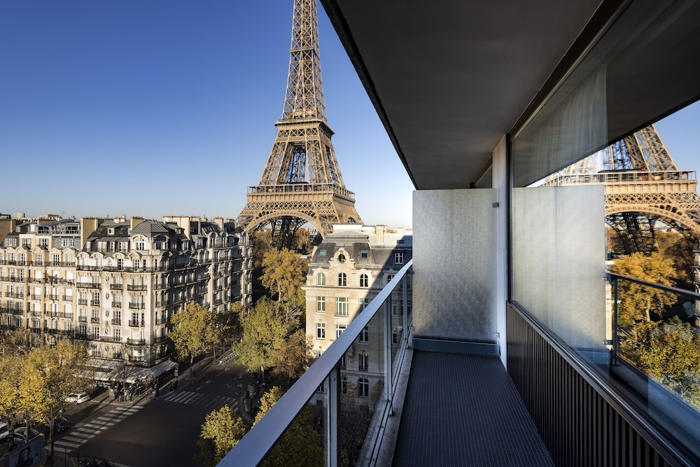 Balcony View, Pullman Paris Tour Eiffel