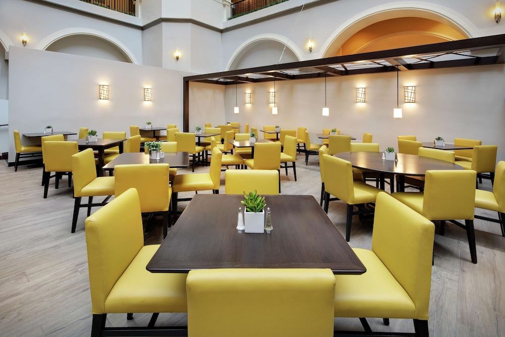 Restaurant, Embassy Suites by Hilton - Dallas Park Central Area