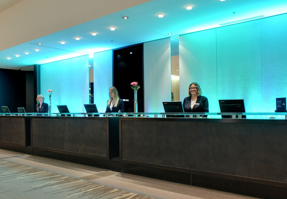 Hilton Quebec 2019 Room Prices 100 Deals Reviews Expedia