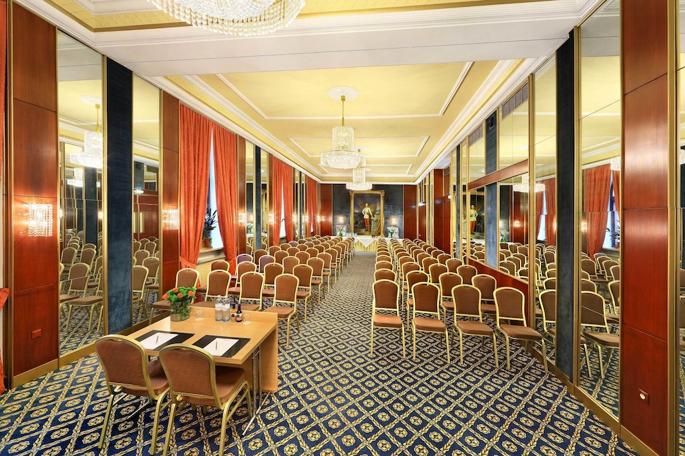 Meeting Facility, Hotel de France