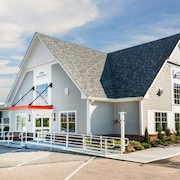 Howard Johnson Inn - Newport Area/Middletown