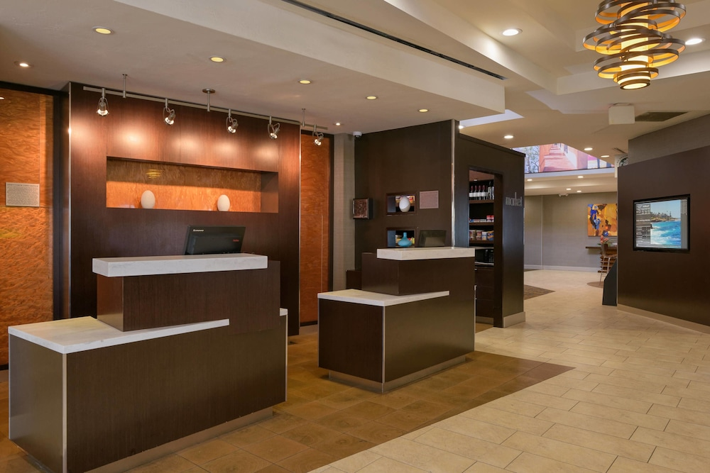 Lobby, Courtyard by Marriott Old Town