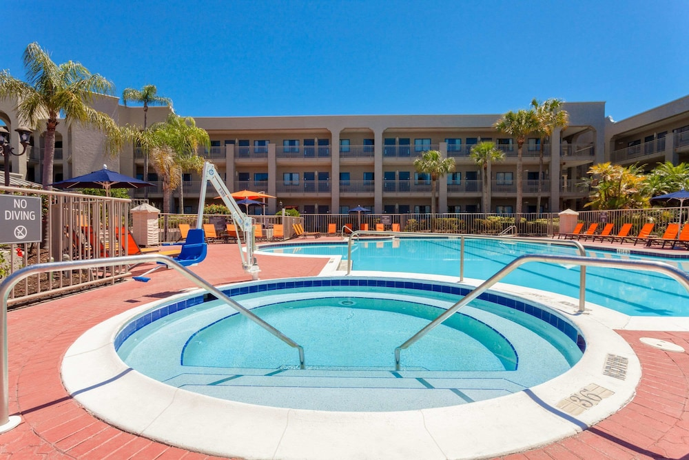 Property Amenity, La Quinta Inn & Suites by Wyndham Ft. Myers-Sanibel Gateway