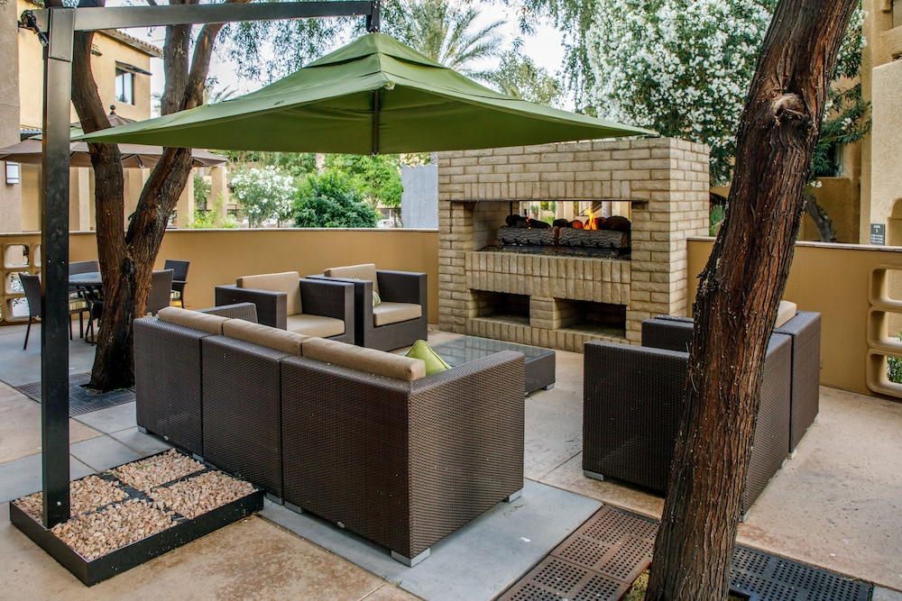 BBQ/Picnic Area, Holiday Inn Club Vacations Scottsdale Resort