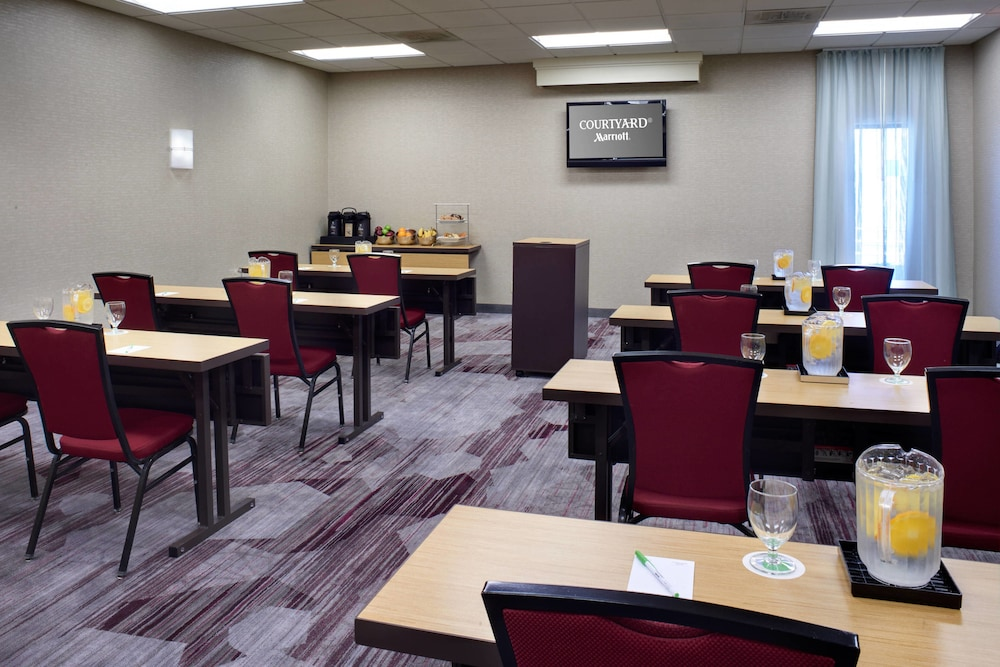 Meeting Facility, Courtyard by Marriott St. Louis Downtown West