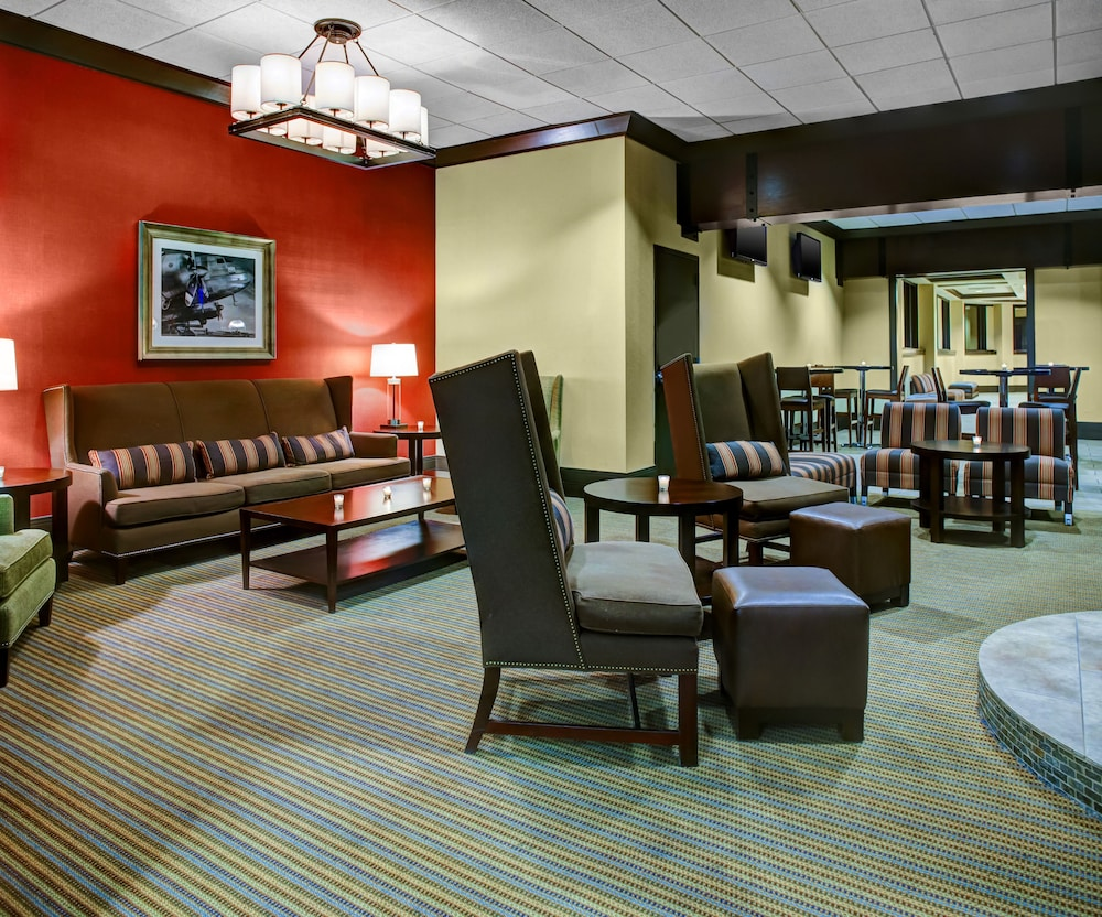 Bar, Four Points by Sheraton Huntsville Airport
