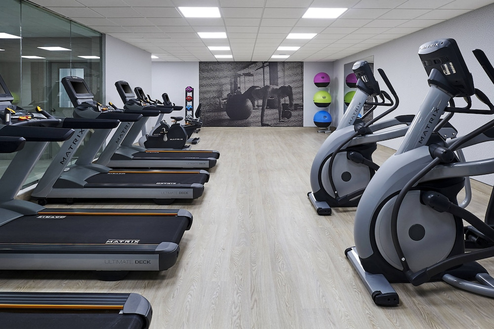 Fitness Facility, Delta Hotels by Marriott Toronto Mississauga