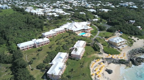 Bermuda Vacations: Package & Save Up To $583