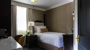 Premium bedding, free minibar, in-room safe, individually furnished