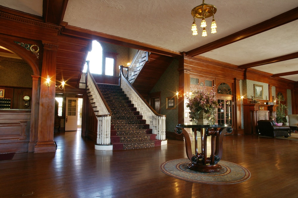 Balcony View Featured Image Interior Entrance