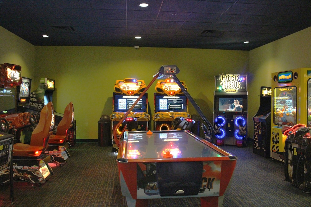 Game Room, Rosen Inn International