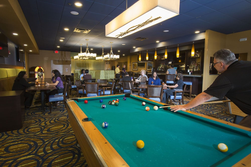 Billiards, Rosen Inn International