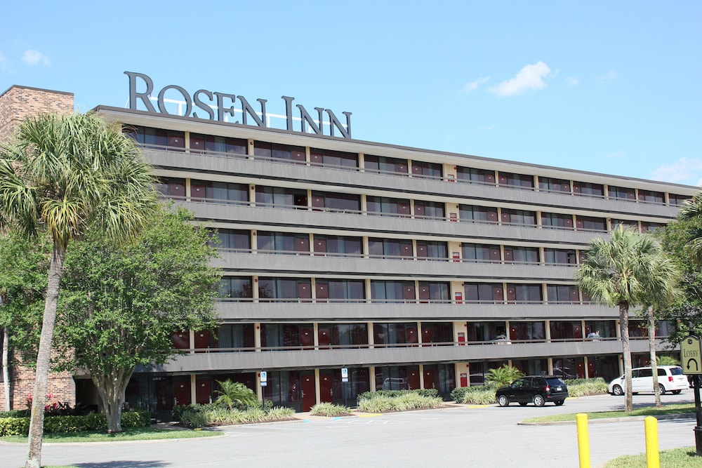 Front of Property, Rosen Inn International