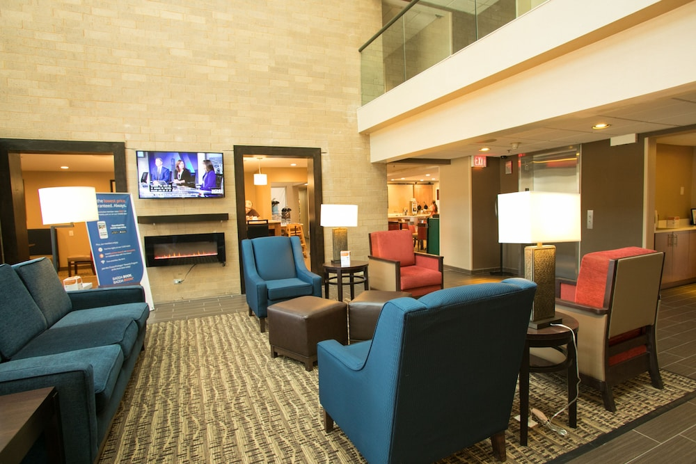 Lobby Sitting Area, Comfort Suites Oakbrook Terrace near Oakbrook Center