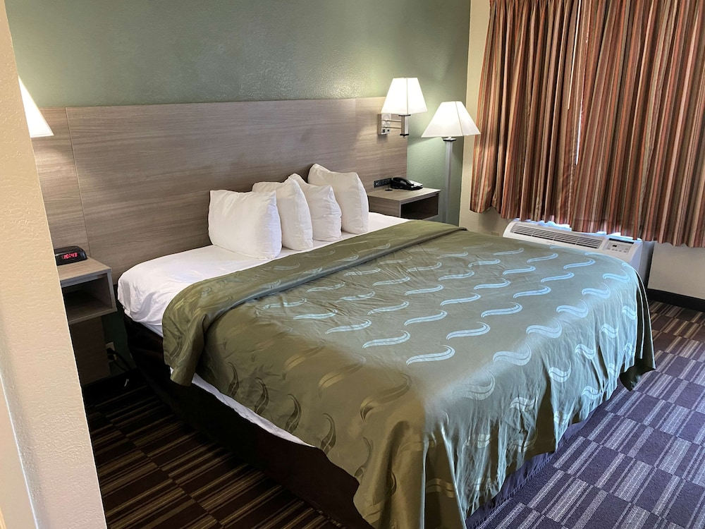 Room, SureStay Hotel by Best Western Fort Pierce