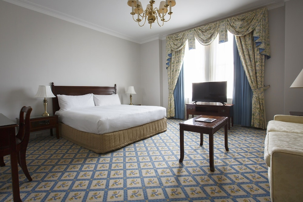Room, The Hotel Windsor