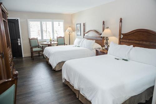 Check Expedia for Availability of Casa Ojai Inn