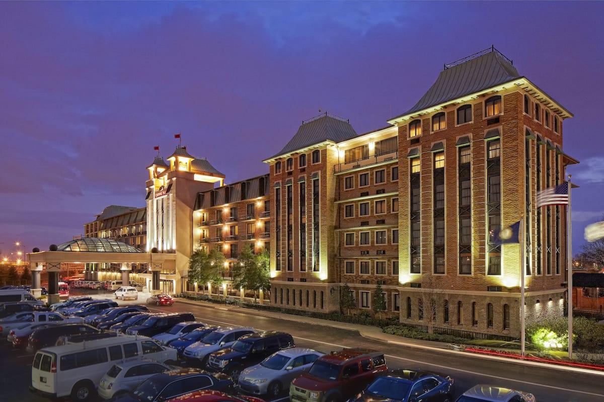 Sexy louisville hotel