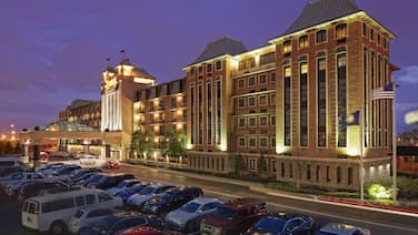 Crowne Plaza Louisville Airport Expo Center, an IHG Hotel