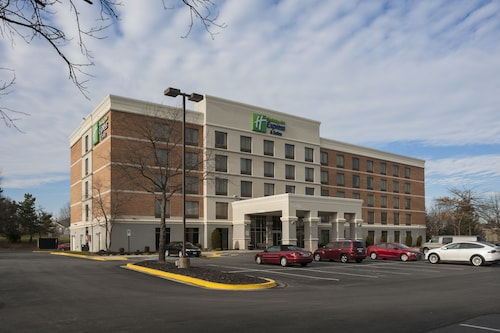 Holiday Inn Express Hotel and Suites Laurel, an IHG Hotel