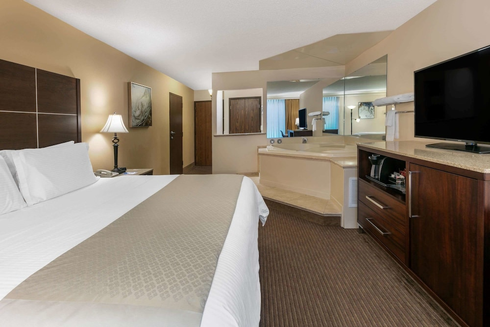 Room, Wyndham Riverfront Little Rock