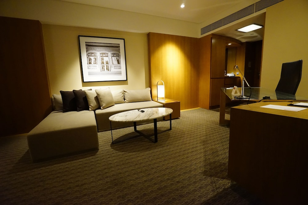 Living Area, Grand Hyatt Singapore