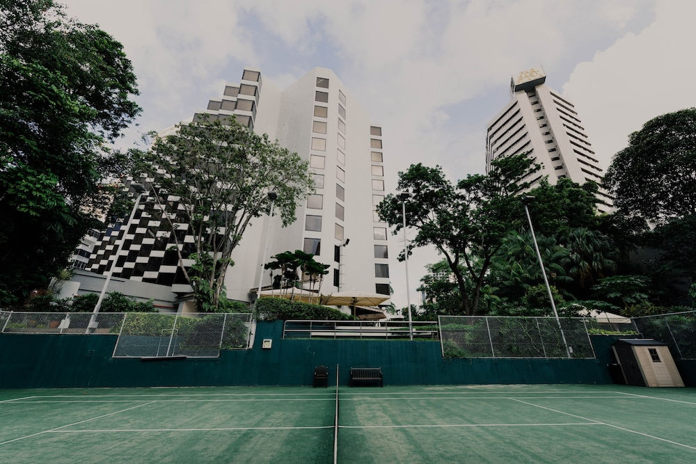Tennis Court, Grand Hyatt Singapore