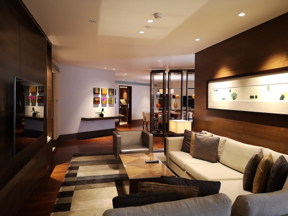 Living Room, Grand Hyatt Singapore