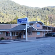 Dunsmuir Inn and Suites
